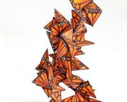 94-Monarchs